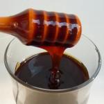 Дягилевый мед с ложечкой - фото